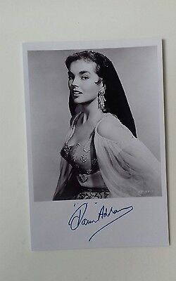"""HAMMER HORROR - Actress Dawn Addams Reproduced Autograph 6""""X4"""" Glossy Pic"""