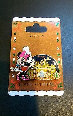 Disney Parks   2015 Disneyland Hotel Resort Gingerbread House Pin   Minnie Mouse