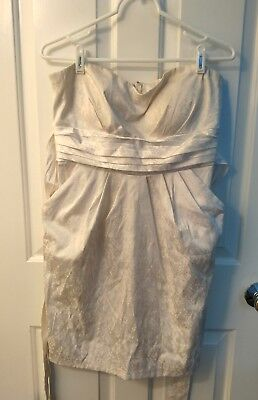 Elegante Snap (Elegant/Casual White Party/ Special Occasion Dress With Pockets by SNAP Size 13 )