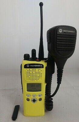 Motorola Xts2500 Model Ii Uhf 380-470 Mhz P25 Digital Encryption New Housing