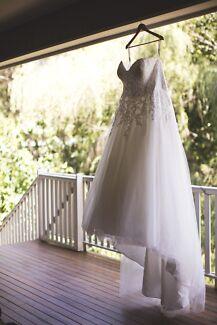 Mia Solano wedding dress and belt size 22