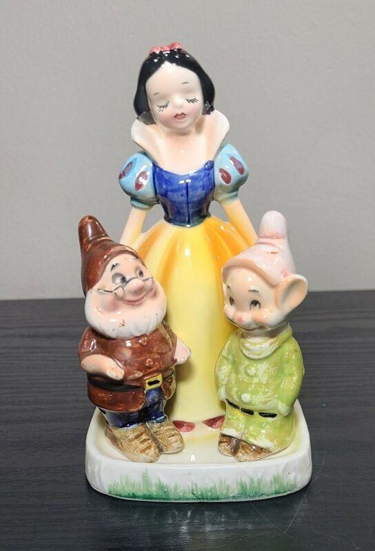 Vtg Disney Enesco Snow White Seven Dwarfs Napkin Holder Salt Pepper Shaker 1960
