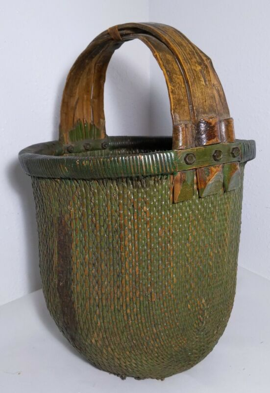 Vintage/Antique Hand Woven Willow Chinese Rice Basket Wooden Handles Primitive
