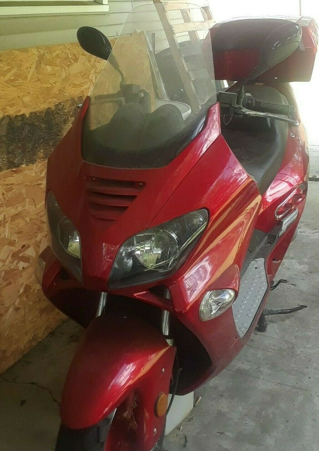 Used 250 CC 2008 JMST Roketa  (MC54 250B).  276 mils, needs minor work.