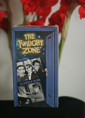 THE TWILIGHT ZONE vhs /The DUMMY /LATENESS OF THE HOUR /Cliff Robertson/Like New