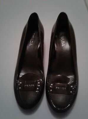 PRADA 381/5 8-9US VINTAGE Pewter Patent Leather KittenHeels w/Logo Loafers VNICE