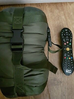 GENUINE BRITISH ARMY WARM WEATHER SLEEPING BAG+STUFF SACK