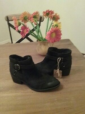NEW Born Women's Binghamton Leather Black Ankle-High Boot Size 11 M