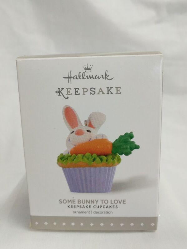 Hallmark Keepsake Ornament 2015 Some Bunny To Love 9th in Keepsake Cupcakes NIB