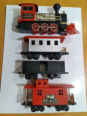 FAO Schwarz Motorized Train Set Used ( for parts )( free shipping )