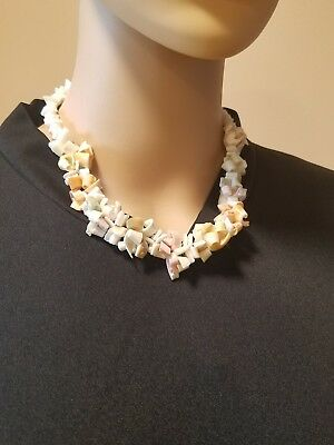 Vintage many different shell short necklace barrel clasp