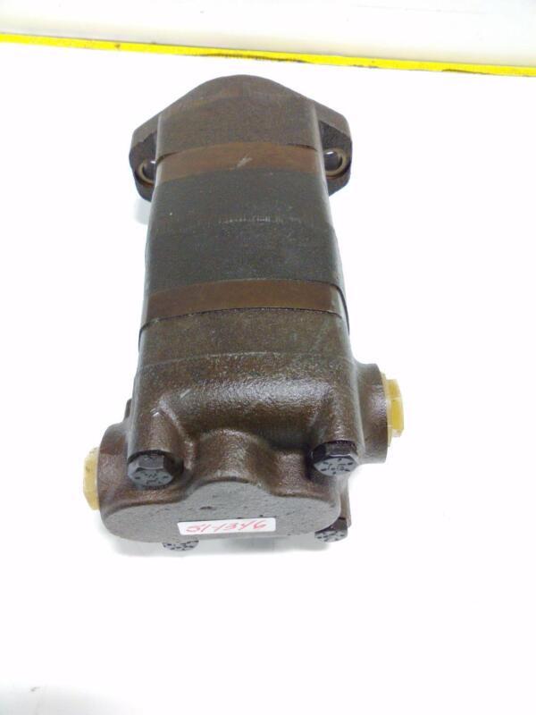 Char-lynn Hydraulic Pump 1041068-006