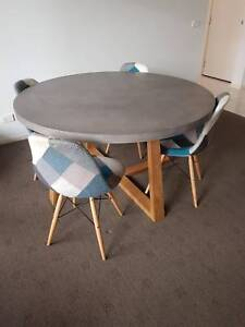 Nick Scali London Dining Table