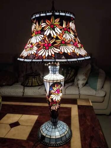 Very beautiful.tiffany lamp