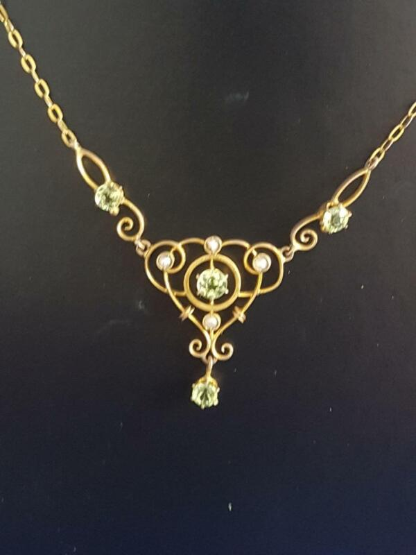 Delicate Victorian 9ct Solid Gold Peridot & Seed Pearl Festoon Necklace 3g