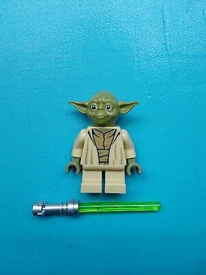 Lego Star Wars Minifigure Jedi Master Yoda Olive Green, Lightsaber 75168 75233!