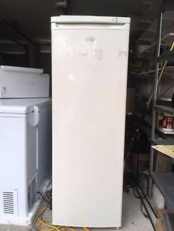 Hiaer upright freezer