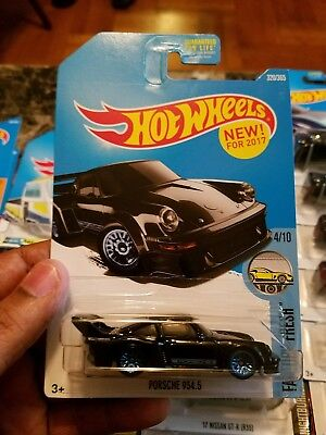 2017 Hot Wheels Car 320/365 Porsche 934.5 - P/Q/International Case