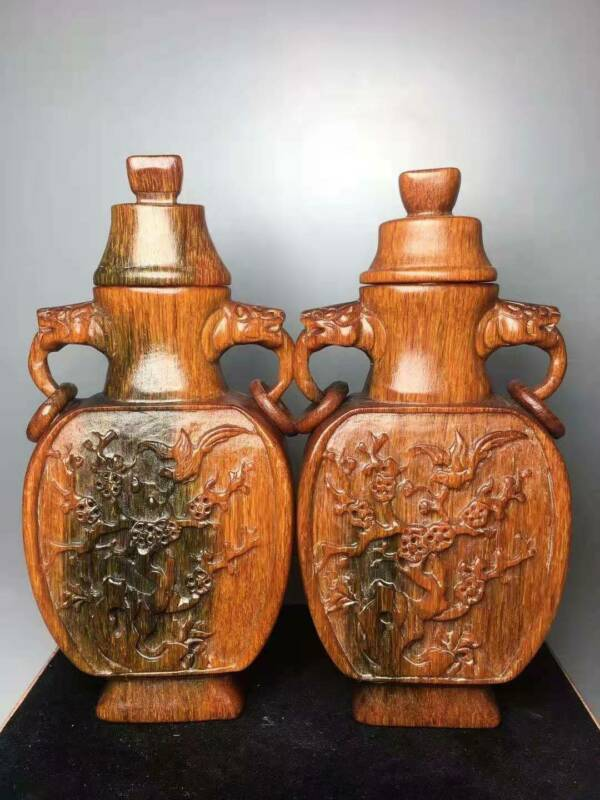 Chinese Horn Handmade Exquisite Vases A Pair 30053