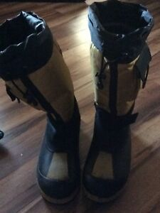 Skidoo boots for sale