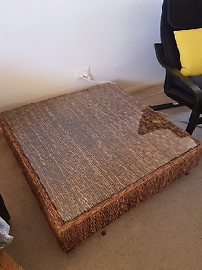 Water hyacinth coffee table with glass top Strathpine Pine Rivers Area Preview