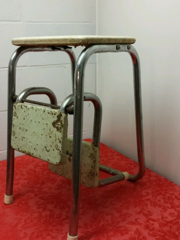 VINTAGE  KITCHEN STEP STOOL Mid-Century Chair Seat Step Ladder Retro Spring Step