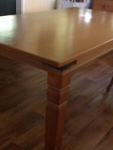 Dining Table Lota Brisbane South East Preview