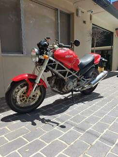 Ducati Monster 400
