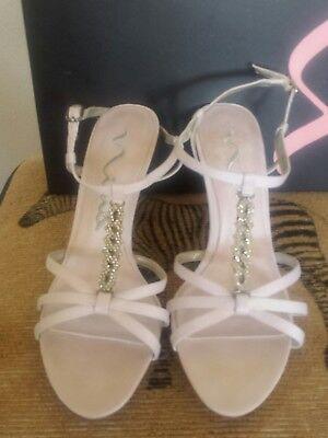 Nina Dyeable Satin Mid Heel Crystal T Strap Sandal Size 9 (Dyeables Mid Heel Sandals)