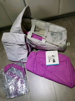 Stroller with carry cot and accessories