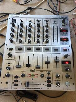 As new DJ Mixer Beringher DJX700