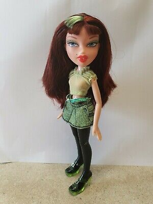 Bratz I Candyz Doll Phoebe in original shoes and skirt replacement top