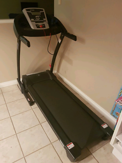Treadmill great cond rarely used