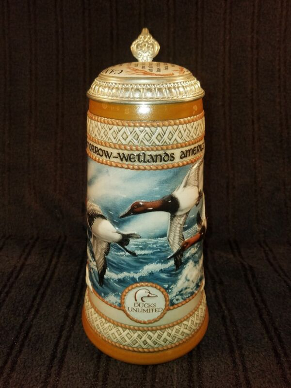 Beautiful 1989 Ducks Unlimited Beer Stein The Waterfowl Series Canvasback 19392