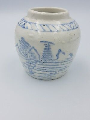 ANTIQUE CHINESE BLUE WHITE PROVINCIAL MING STONEWARE SMALL GINGER JAR POT SCENIC