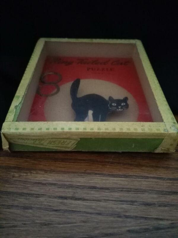 Vintage Halloween Ring Tail Cat Game - Put the rings on the Black Cat