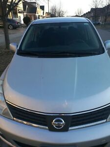 Nissan 2008 versa for sale, low kilometers and good condition