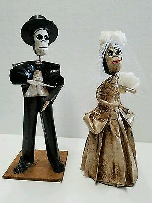Wedding cake Topper Bride and Groom Day of the Dead sugar skull skeletons  - Day Of The Dead Bride And Groom