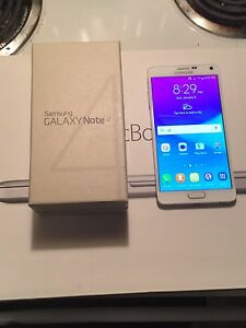 ☎️☎️white Samsung note 4 10/10 condition unlocked