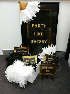 Gatsby themed party decorations