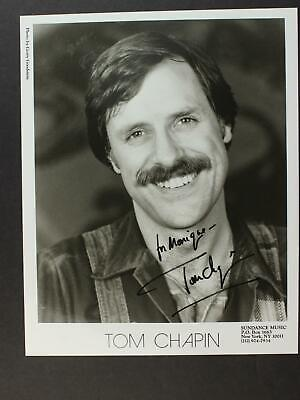SINGER TOM CHAPIN HAPPY BIRTHDAY SONG AUTOGRAPH 8 X 10 PHOTO  - $2.02