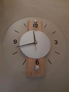 Clock for sale $10 Craigieburn Hume Area Preview
