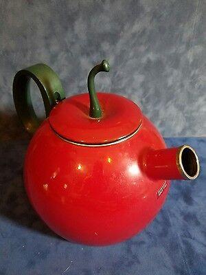 Copco Red Apple Teakettle 2.5 Quart Enamel on Steel tea pot kettle kitchen decor