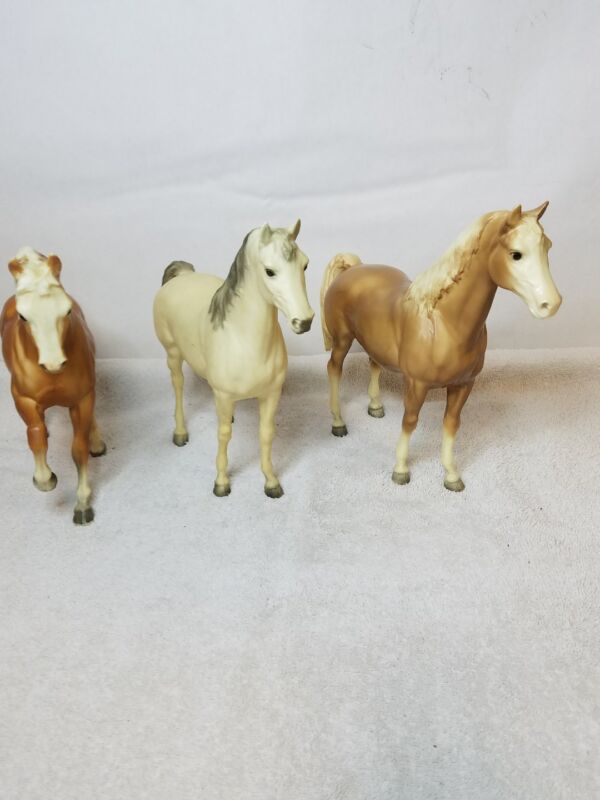 LOT OF 3 LARGE BREYER HORSES