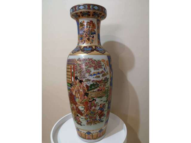 Beautiful Asian Chinese Antique Vintage Lucky Oriental Ceramic Floor Vase