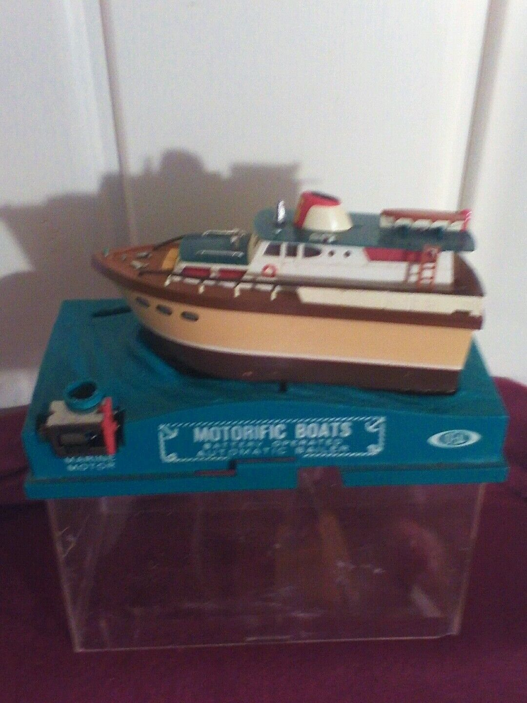 1967 Ideal toy Motorific Boat  battery operated with marine motor sea wolf