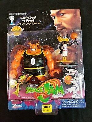 Vintage Space Jam Daffy Duck vs. Pound Action Figure