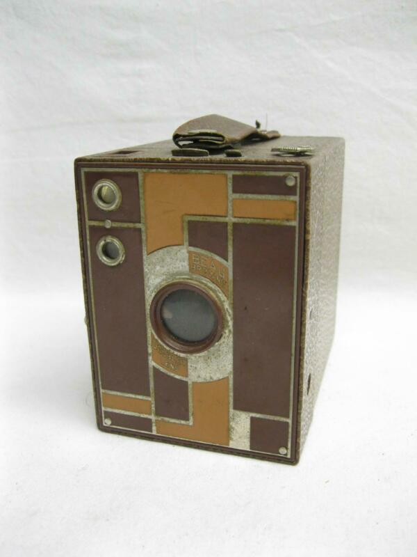 Kodak Beau Brownie Art Deco Brown Model No 2 Box Camera 120 Film Old Vtg Antique