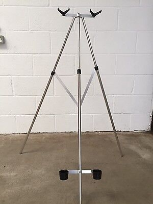Sea Fishing Beach Rod Tripod Rest 3/5 ft for 2 Rods / Reels WITH STEADY BAR