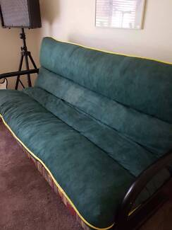 Futon (fold down bed/couch)
